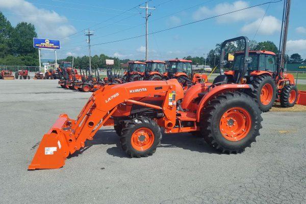 kubota L4701 HST Tractor