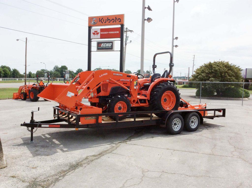 kubota L4701 HST 18 Tractor
