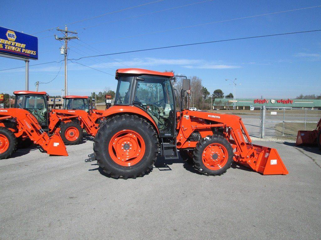 kubota M6060HDC Tractor