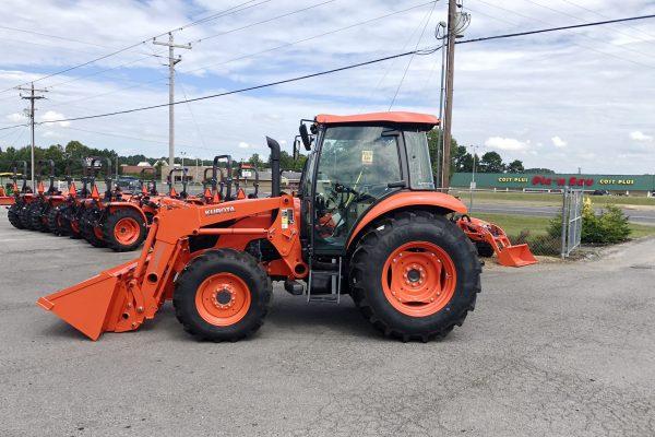 kubota M7060HDC Tractor
